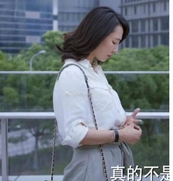 1 năm sau scandal ngoại tình, Ảnh hậu TQ giảm tới 15kg và sở hữu vóc dáng thon thả khó tin