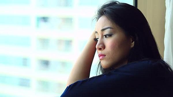 Tôi may mắn lấy được một người chồng rất tốt thế nhưng mỗi khi gần gũi tôi phải nghĩ tới người yêu cũ mới có cảm giác