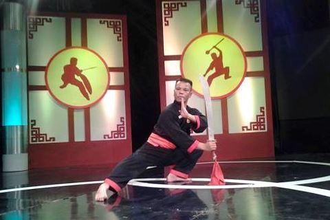 Vụ võ sư đóng phim Người phán xử bị khởi tố vì lừa đảo: Giới võ thuật xôn xao