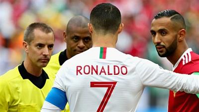 FIFA giải oan cho trọng tài sau cáo buộc xin áo