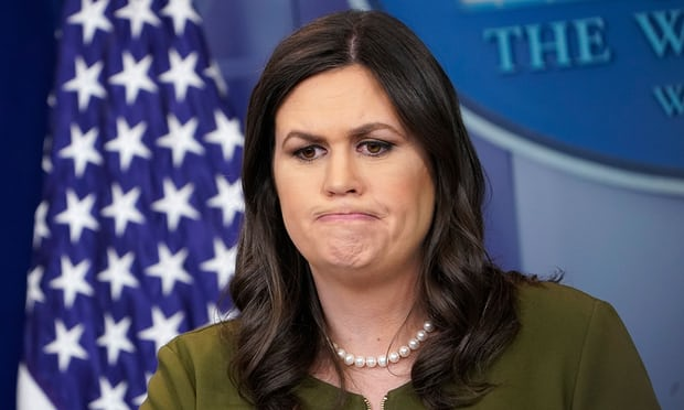 Trump đáp trả dữ dội nhà hàng xua đuổi nhân viên Nhà Trắng