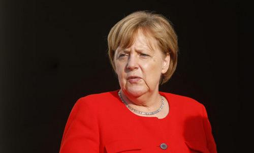 Merkel nói bận họp, không thể xem đội tuyển Đức đá World Cup