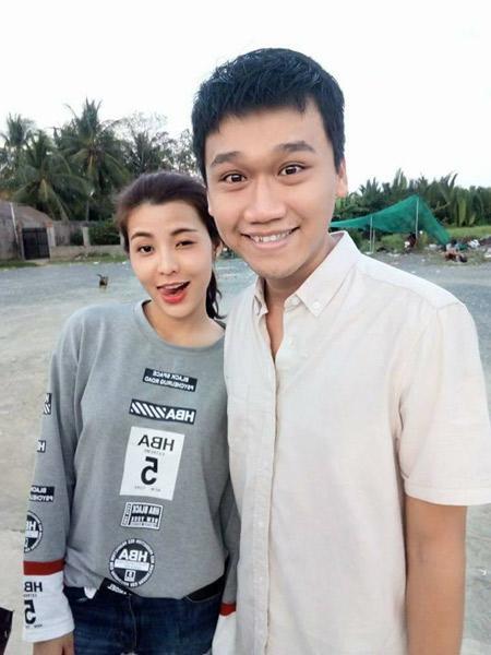 Chân dung cô bạn gái BTV - MC xinh đẹp của Mr Cần Trô Xuân Nghị