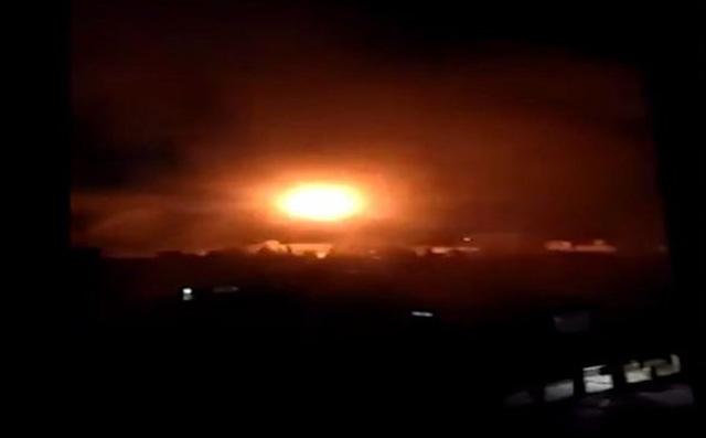 Tên lửa Golan, bom không quân Nga gây địa chấn trong tỉnh Daraa