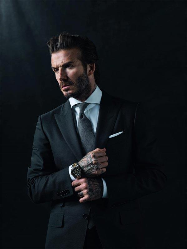 43 tuổi, David Beckham vẫn gây sốt vì mặc suit quá đẹp