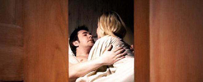 Cặp vợ chồng trẻ đi khách sạn mây mưa đều đặn và câu chuyện bất ngờ phía sau