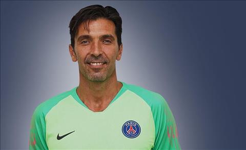 PSG hoàn tất hợp đồng với Người nhện Buffon