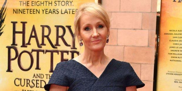 Cư dân mạng phẫn nộ vì phim Phù Dao đạo nhái Harry Potter, tác giả J.K. Rowling có thể khởi kiện