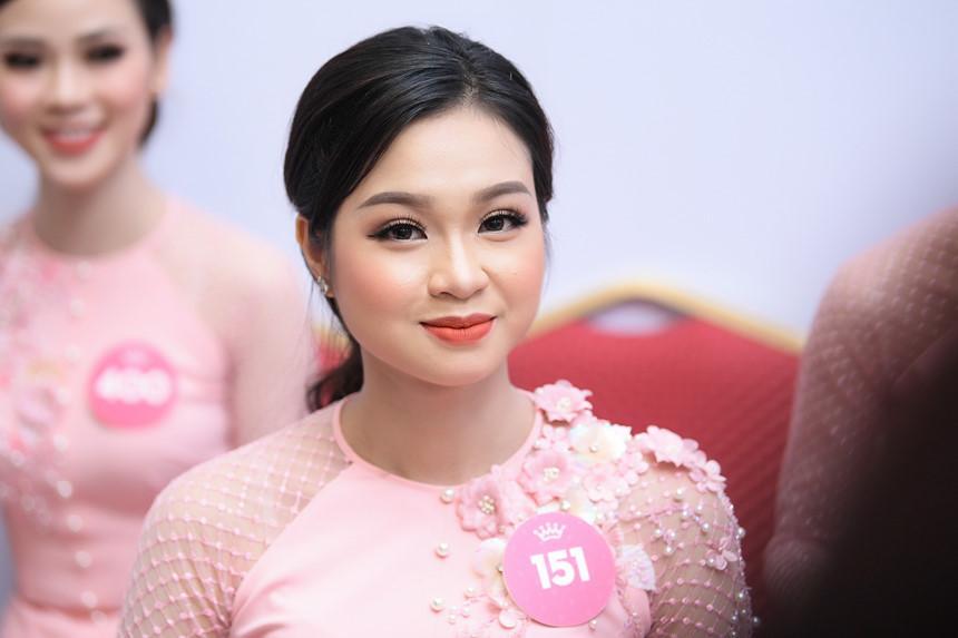 Hoa hậu Việt Nam 2018: Sốc trước trình độ tiếng Anh chuyên nghiệp của 3 thí sinh đến từ ĐH Ngoại Thương