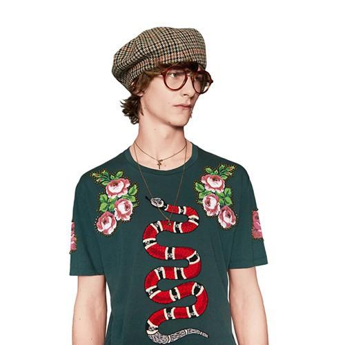 Tại sao các quần áo hàng hiệu lại có giá đắt đỏ đến như vậy?