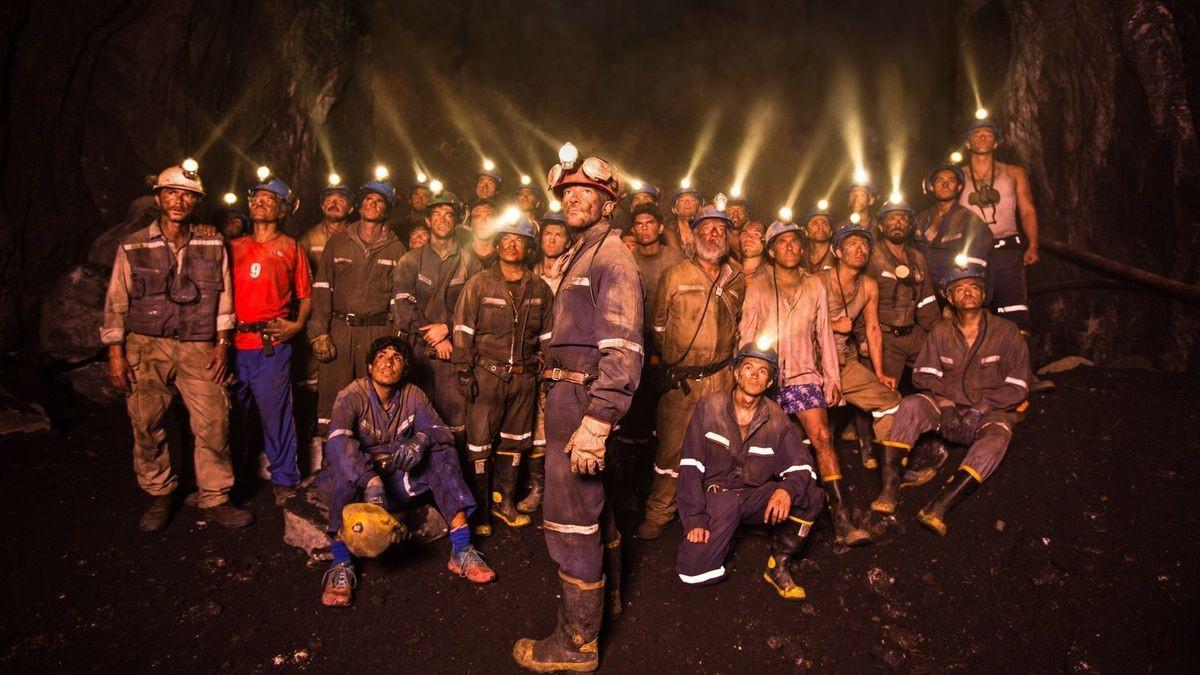 Hollywood đang đánh bạc khi thực hiện bộ phim về cuộc giải cứu đội bóng nhí Thái Lan