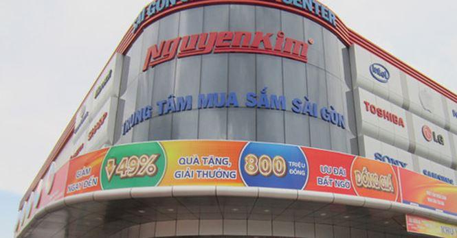 Sau truy thu 147 tỷ, Nguyễn Kim còn bị tố trốn nộp bảo hiểm xã hội