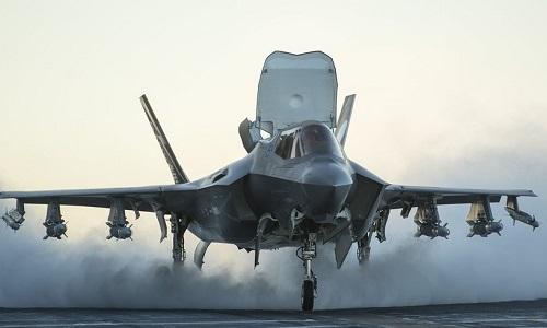 Tiêm kích F-35B lần đầu tới Hawaii, phối hợp diễn tập cùng F-22