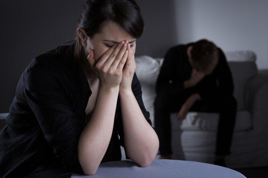 Đàn bà yêu chồng đến mấy cũng chớ hy sinh những điều này kẻo chồng sinh hư, coi thường vợ