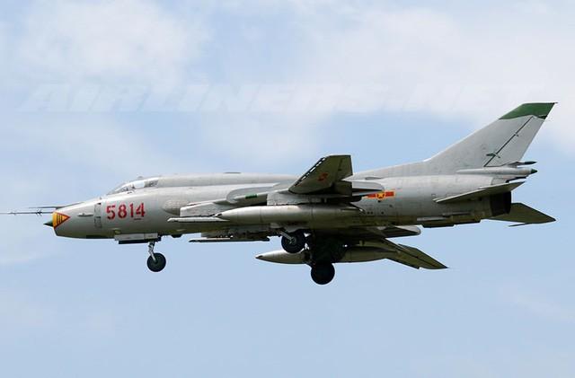 Chiến công oai hùng của đôi cánh ma thuật Su-22 Việt Nam ở Trường Sa