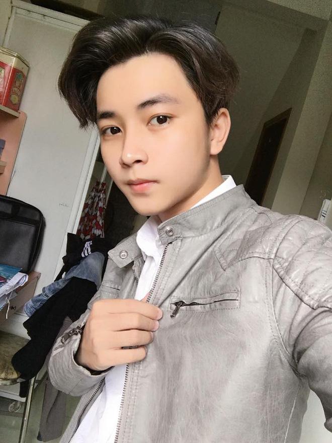 Mỹ nam Tik Tok sinh năm 1999 tại Đà Nẵng: Quay clip cute, mặt xinh miễn bàn!