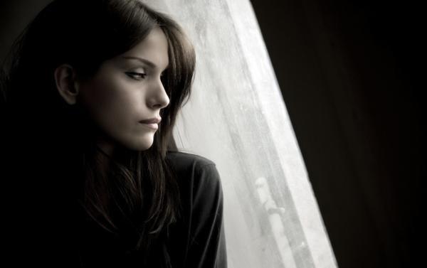 Nhận được tin từ thám tử báo về, chồng tôi hối hận quỳ gối trước cửa nhà mẹ vợ cả đêm