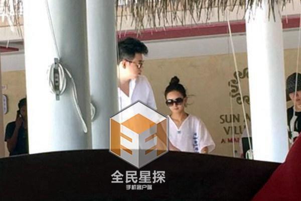 So sánh 5 cô bạn gái của Phùng Thiệu Phong: Người bị chê EQ thấp, kẻ lộ ảnh nóng thuở chập chững vào nghề