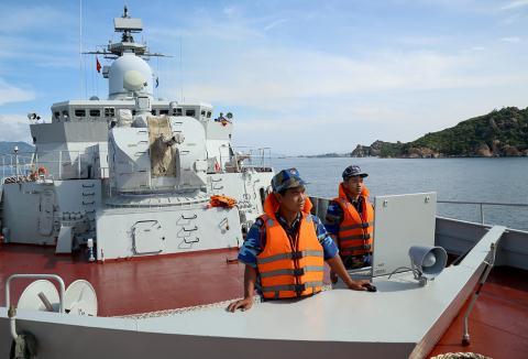 Chuyến hải trình lịch sử của tàu Gepard 015 Việt Nam