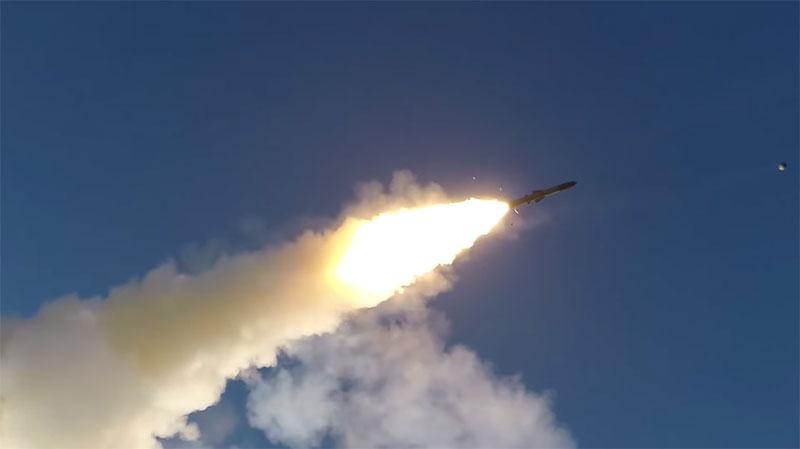 Tên lửa bờ khủng nhất của Việt Nam khai hỏa như thế nào?