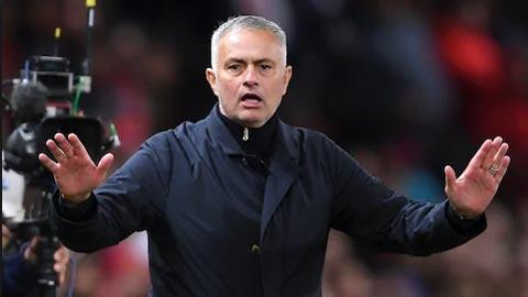 M.U cấm cửa nhà báo đưa tin Mourinho bị sa thải