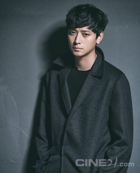 Không phải Song Joong Ki hay Gong Yoo, đây mới là diễn viên được mời vào vai chính Train to Busan 2