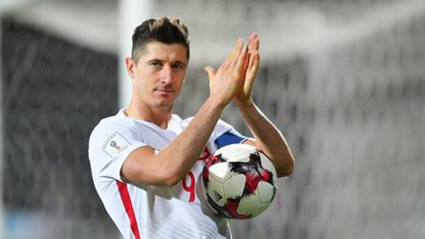 Mốc 100 trận cho ĐT Ba Lan chờ Lewandowski