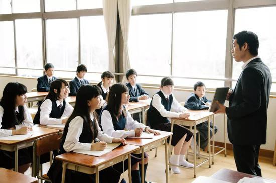 Bi hài chuyện thư xin lỗi của Phạm Băng Băng trở thành ví dụ tại trường học vì... viết sai chính tả