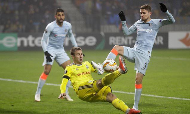 Clip: Giroud sắm vai người hùng giúp Chelsea nhọc nhằn rời sân BATE với 3 điểm