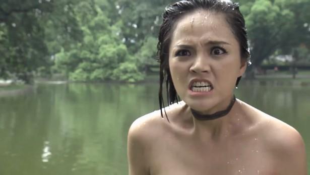 Quỳnh Búp Bê: Diễn quá đạt vai My Sói, Thu Quỳnh bị bạn diễn dìm đầu xuống nước ngoài kịch bản