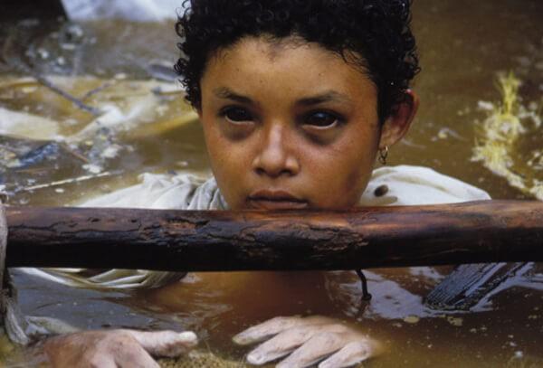 Bi kịch của Omayra Sanchez và đôi mắt đen hấp hối vẫn ám ảnh cả thế giới dù cho đã 33 năm trôi qua