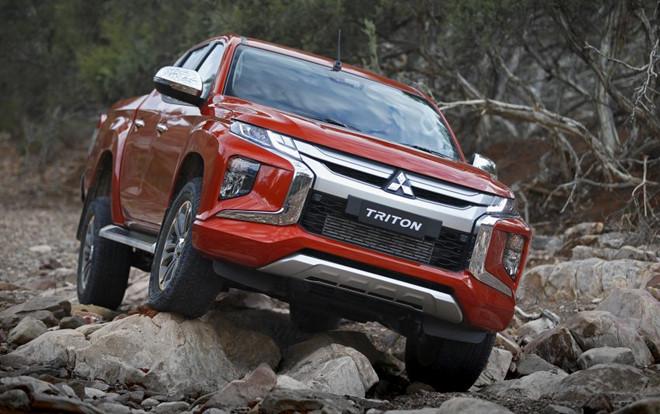 Phiên bản nâng cấp Mitsubishi Triton - thiết kế mới, hộp số mới