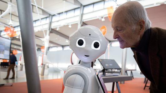 10 chủ đề có thể khuấy đảo làng công nghệ năm 2019
