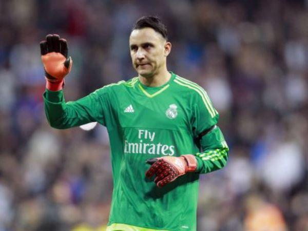Navas gieo sầu Arsenal, gia hạn thêm 1 năm với Real Madrid