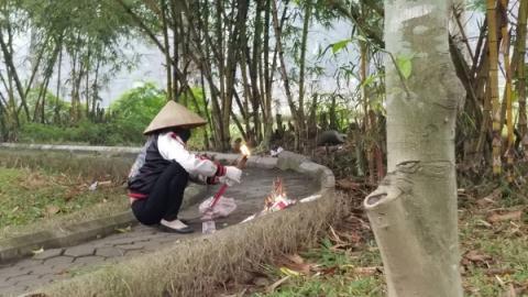 Vụ cô gái chết trong vườn hoa Hà Đông: Bất ngờ kết quả khám nghiệm