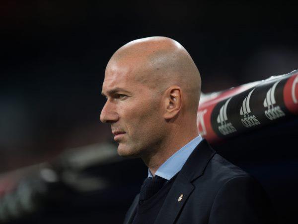Cựu chủ tịch Real tiết lộ lý do Zidane rời sân Bernabeu