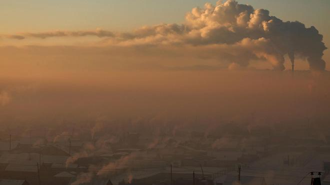 Cuộc sống kinh hoàng tại thành phố ô nhiễm nhất thế giới: Bụi độc đến mức trẻ em phải ở yên trong nhà