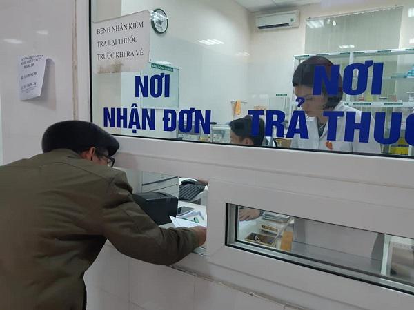 57 trẻ nhiễm sán lợn ở Bắc Ninh: Mẹ khóc ngất khi cả hai con đều dương tính