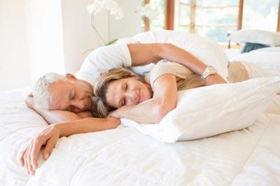 Những quan niệm sai lầm 99% phụ nữ đều mắc phải khi nghĩ về tình dục tuổi mãn kinh