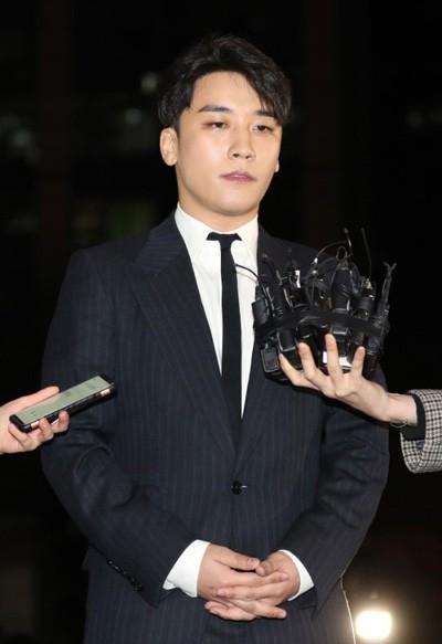 Bê bối của Seungri khiến 5 công ty giải trí lớn nhất Hàn Quốc mất trắng 12 nghìn tỷ đồng