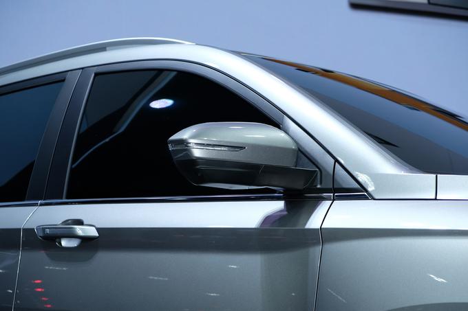 Chevrolet Captiva 2019 lột xác thiết kế