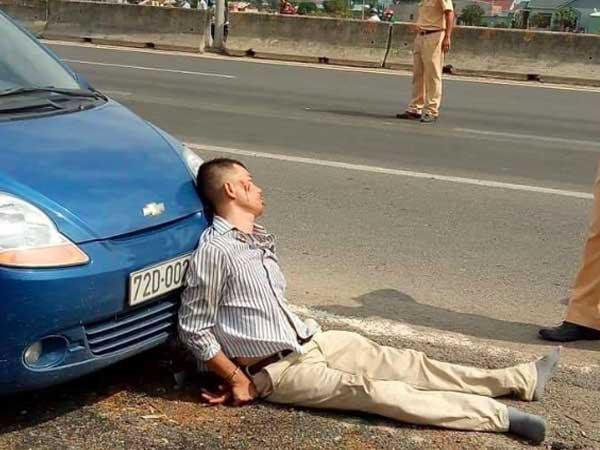 Tạm giữ tài xế côn đồ ép ngã khiến Đại úy CSGT thiệt mạng ở Bà Rịa - Vũng Tàu