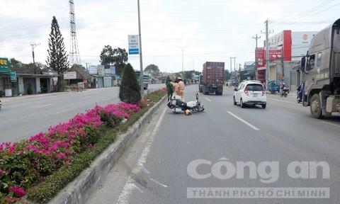 Người lái xe tông CSGT tử vong từng ném bom khói vào ngân hàng ở Sài Gòn