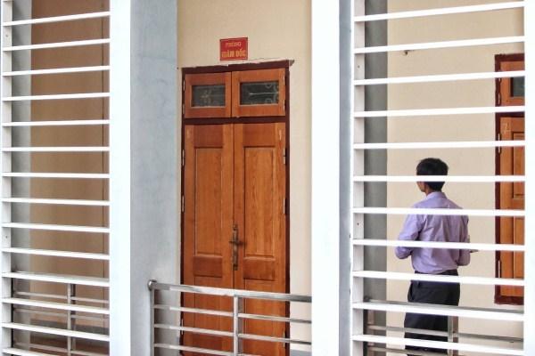 Giữa điểm nóng xử lý gian lận thi cử, Giám đốc Sở Giáo dục Sơn La xin nghỉ phép - 1