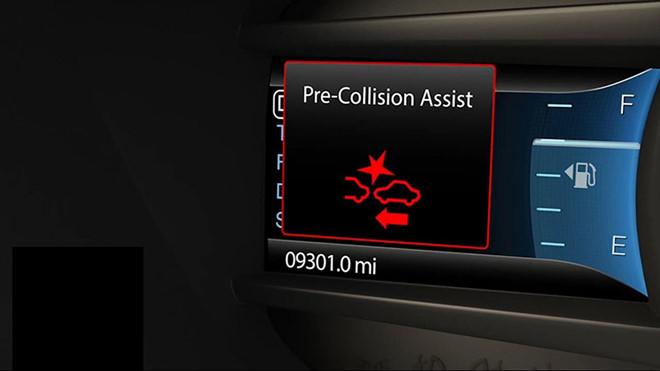 Hệ thống cảnh báo va chạm trên ôtô hoạt động như thế nào?
