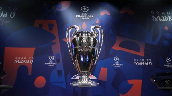 Tiền thưởng thăng hạng Ngoại hạng Anh gấp đôi vô địch Champions League