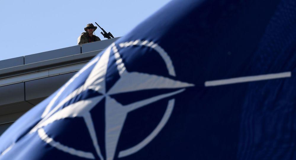 NATO tuyên bố rắn với Nga về Crimea