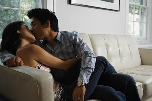 Những chiêu ngoại tình đàn ông thường áp dụng và rất dễ thành công