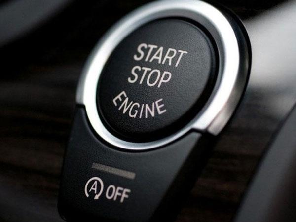 Xe có hại gì không nếu lái đi luôn ngay sau khi khởi động?