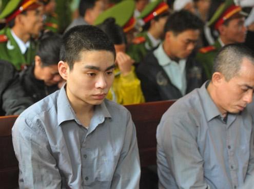 Sau 8 năm, bố sát thủ Lê Văn Luyện trải lòng về chuỗi ngày tăm tối và những dòng thư xúc động gửi cán bộ trại giam - 2